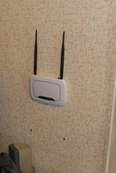 Вреден ли роутер в квартире для здоровья: излучение wi-fi и опасность нахождения рядом и в спальне
