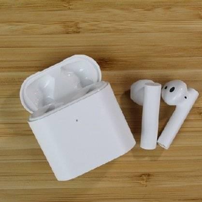 Realme buds air vs xiaomi mi true wireless earphones 2