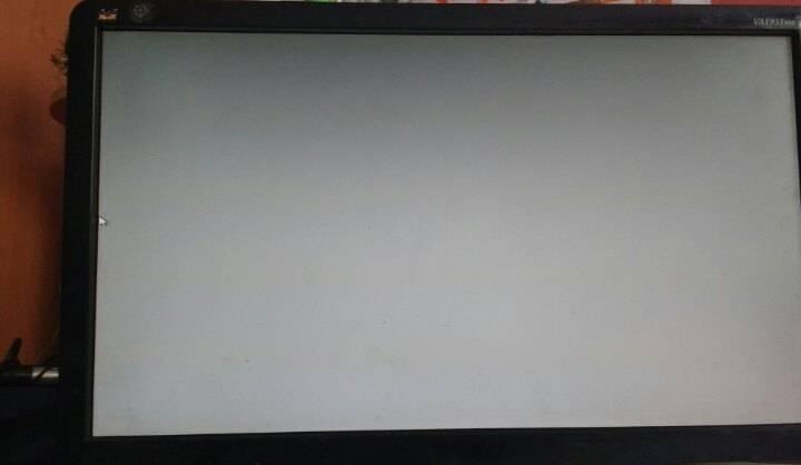 Синий экран при включении компьютера (ноутбука) без надписей