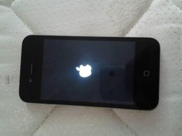 Айфон не включается, горит яблоко и гаснет: топ 7 причин [решено]