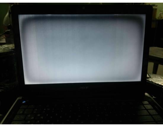 Черный экран на ноутбуке, что делать?