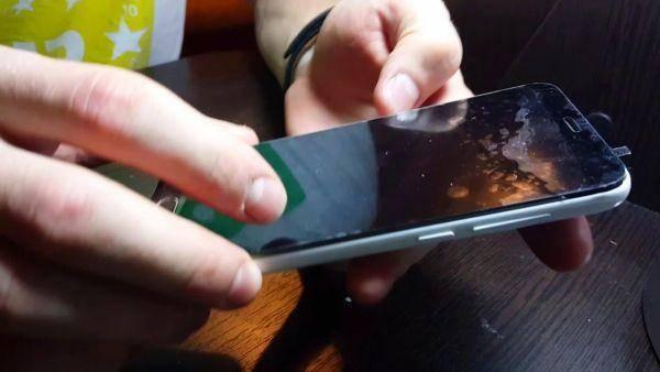 Как перезагрузить телефон huawei, если он завис и не выключается | перезагрузка без кнопки включения