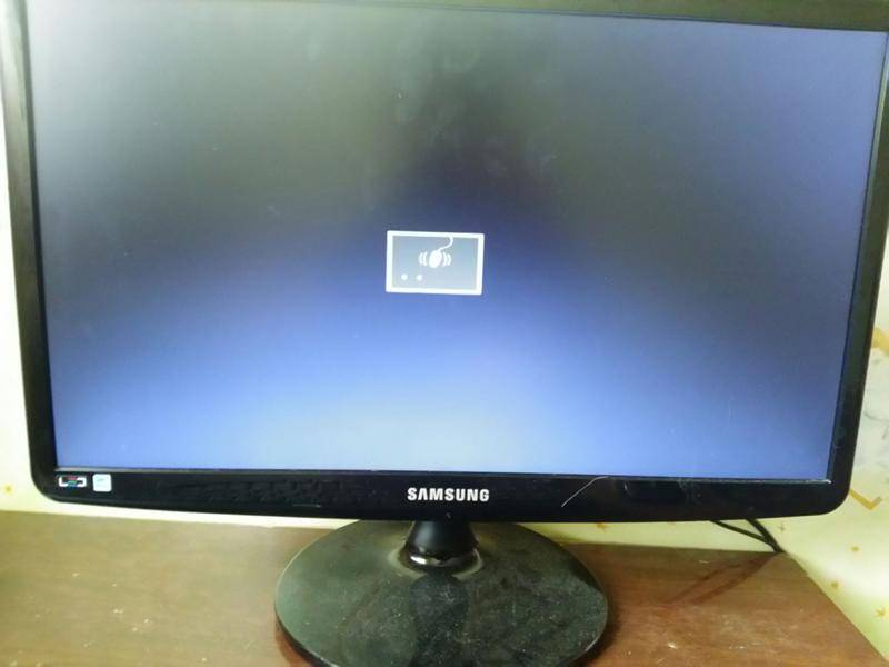 Компьютер не загружается . включается, но нет изображения