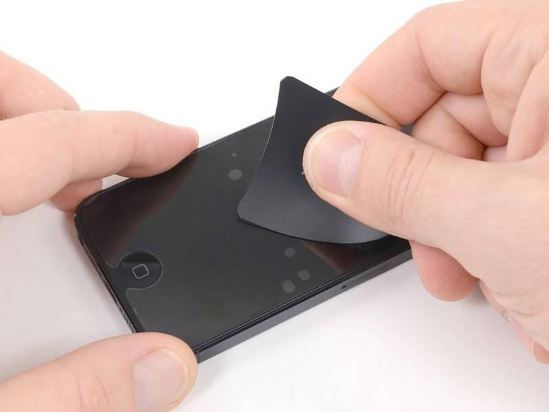 Как на планшет наклеить защитную пленку: правила в домашних условиях