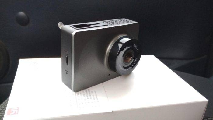 Прошивка видеорегистратора xiaomi yi smart dash camera на английский язык