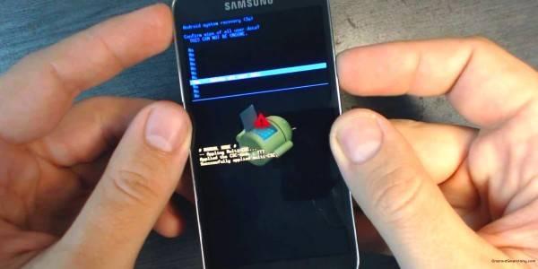 Как перезагрузить телефон андроид