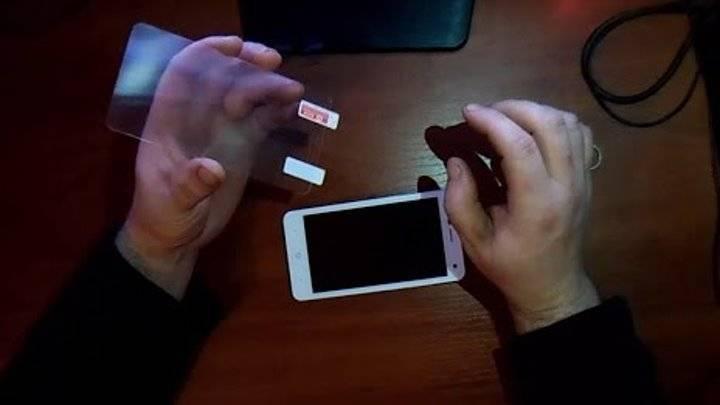 Как правильно наклеить защитную плёнку на телефон, все советы и рекомендации